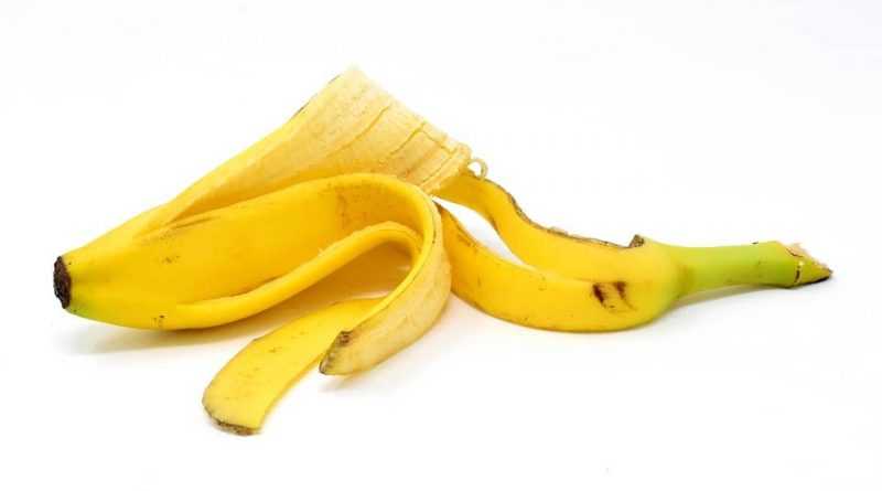 Rub the banana peel at this place and then look amazing.