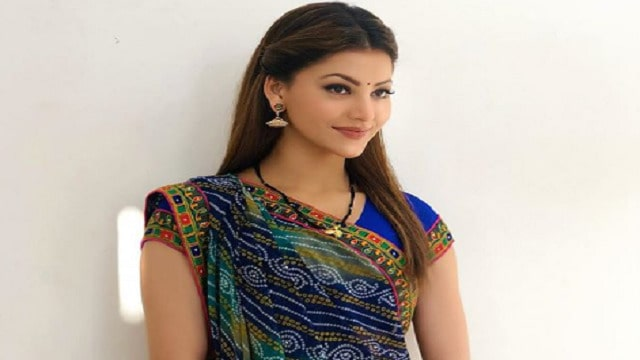 Did Urvashi Rautela get married amid the lockdown, post a picture of her wearing a sari and Mangalsutra