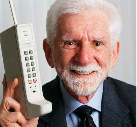Know who made the first mobile phone