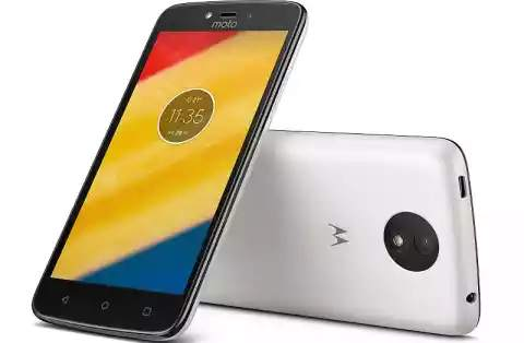 This Moto smartphone comes at Rs 6,999, which is fit for those on a small budget.