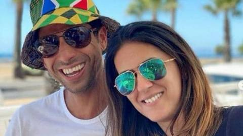 Ashish Nehra has done 12 times in his 19-year career, his surgery for which his wife used to give him energy after long chatting.