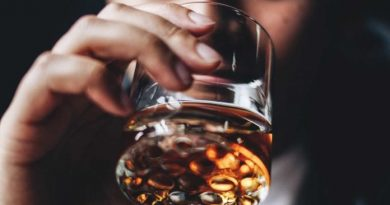 Know .. the meaning of drinking alcohol in dreams