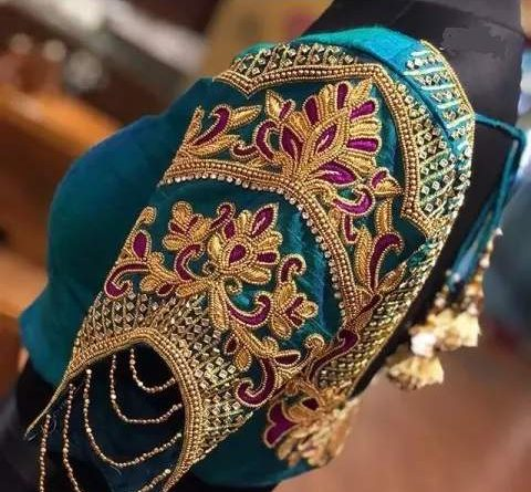 Such designs of sleeves will look beautiful on a blouse