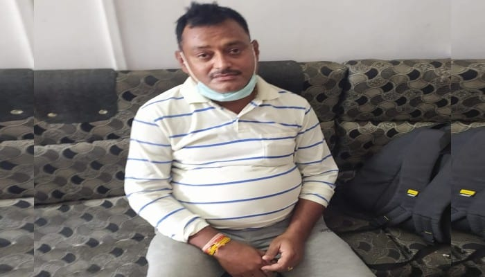 Prize development of 5 lakh arrested, Mahakal went to darshan, accused of killing 8 policemen in Kanpur