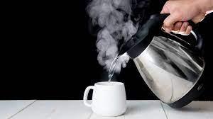 जाने पानी पीने का तरीका, गर्म पानी से खत्म करें सभी बीमारियां